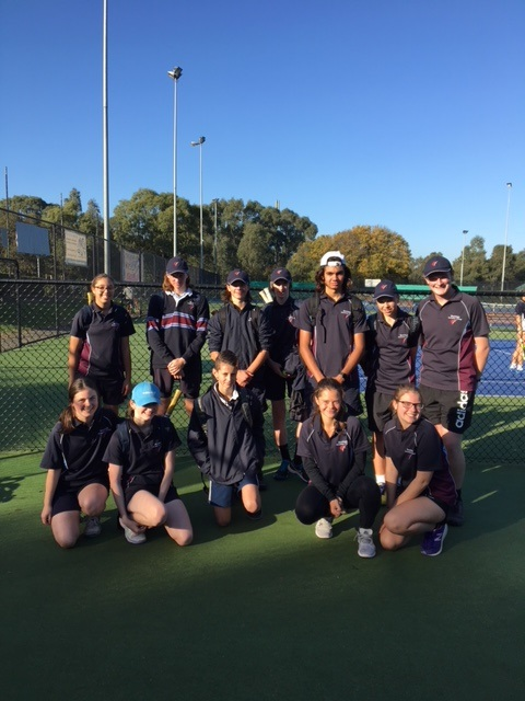 http://bentleighsc.vic.edu.au/uploaded_files/media/state_final_tennis_team.jpg